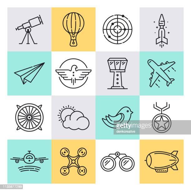 ilustraciones, imágenes clip art, dibujos animados e iconos de stock de conjunto de iconos de estilo vectorial de aviación y turismo - actividad