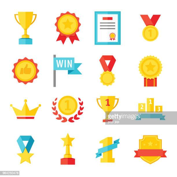 illustrazioni stock, clip art, cartoni animati e icone di tendenza di award, trophy, cup and medal flat icon set - color illustration - successo