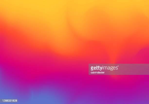 illustrations, cliparts, dessins animés et icônes de gradients de couleur vibrants abstraits de fond - chaleur