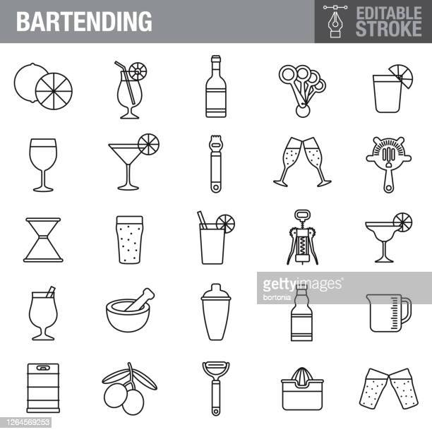 bildbanksillustrationer, clip art samt tecknat material och ikoner med ikonuppsättningen för redigerbara linjer kan ändras - cocktail