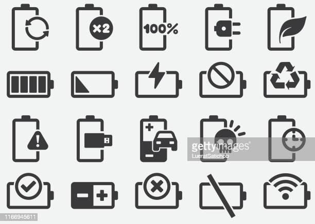 stockillustraties, clipart, cartoons en iconen met batterij-en stroom pictogrammen - natuurgeweld