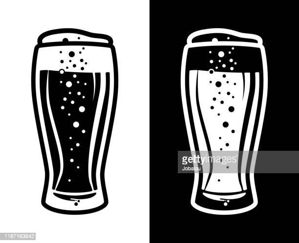 ilustraciones, imágenes clip art, dibujos animados e iconos de stock de beer tulip glass icon opción de dos colores en blanco y negro - vaso de cerveza