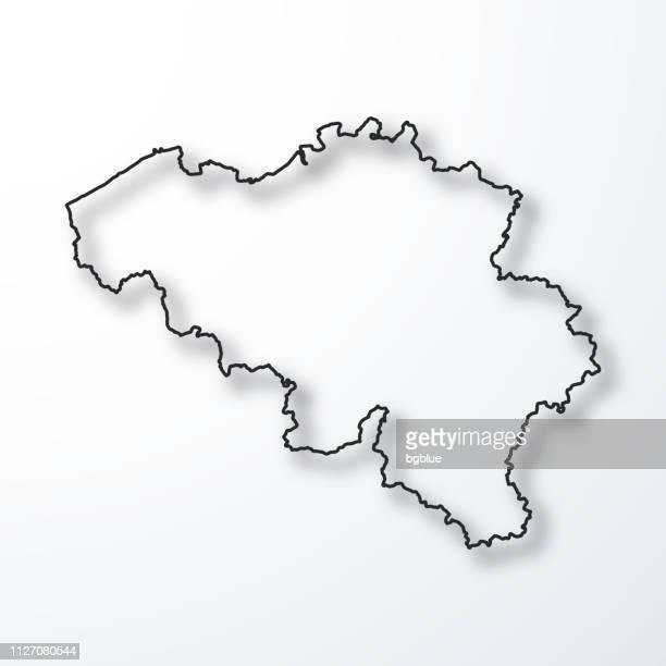 stockillustraties, clipart, cartoons en iconen met kaart van belgië - zwarte omtrek met schaduw op witte achtergrond - belgië