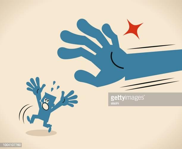 大きな手小さな男をキャッチ - 刑事司法点のイラスト素材/クリップアート素材/マンガ素材/アイコン素材