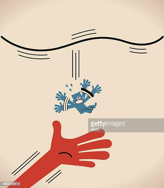 Big hand fangen Mann (Geschäftsmann), die fallen aus Seil (Hochseil