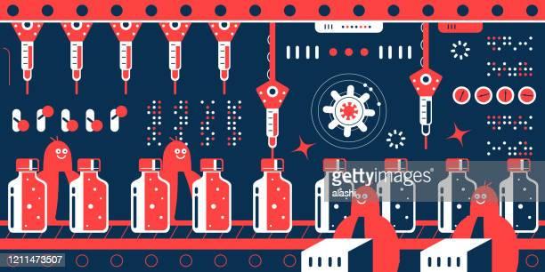 バイオテクノロジー企業(科学者、医師、生化学者、薬剤師)は、ワクチンボトルの列を示す生産ラインを持つ製薬工場で新しいコロナウイルスワクチン(2019-ncov)を作るために急いでいます - 機械アーム点のイラスト素材/クリップアート素材/マンガ素材/アイコン素材