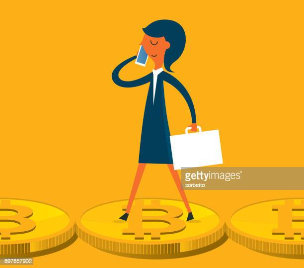 Bitcoin - femme d'affaires marchant