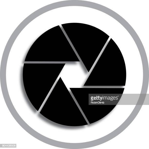 ilustraciones, imágenes clip art, dibujos animados e iconos de stock de icono de obturador de cámara negra y gris - camara reflex