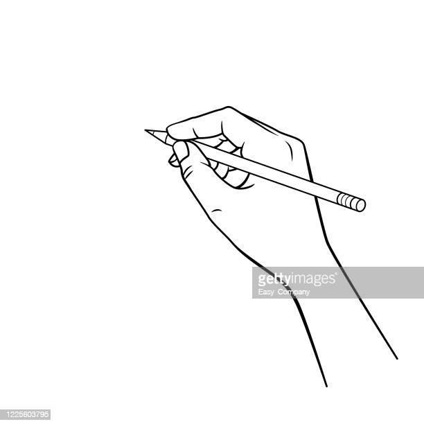 ilustraciones, imágenes clip art, dibujos animados e iconos de stock de mano blanca y negra sosteniendo un lápiz rojo en un fondo blanco para montaje o crear material didáctico para las madres que hacen educación en casa y los maestros que encuentran imágenes para materiales de enseñanza como tarjetas o libros infantiles. - escribir