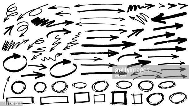 illustrazioni stock, clip art, cartoni animati e icone di tendenza di frecce nere sfondo bianco - pennarello