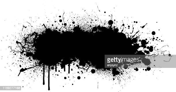 illustrazioni stock, clip art, cartoni animati e icone di tendenza di black paint splash background - schizzare
