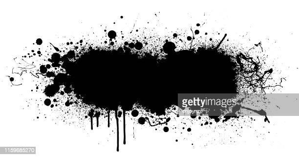 schwarze farbe spritzer hintergrund - schwarz farbe stock-grafiken, -clipart, -cartoons und -symbole