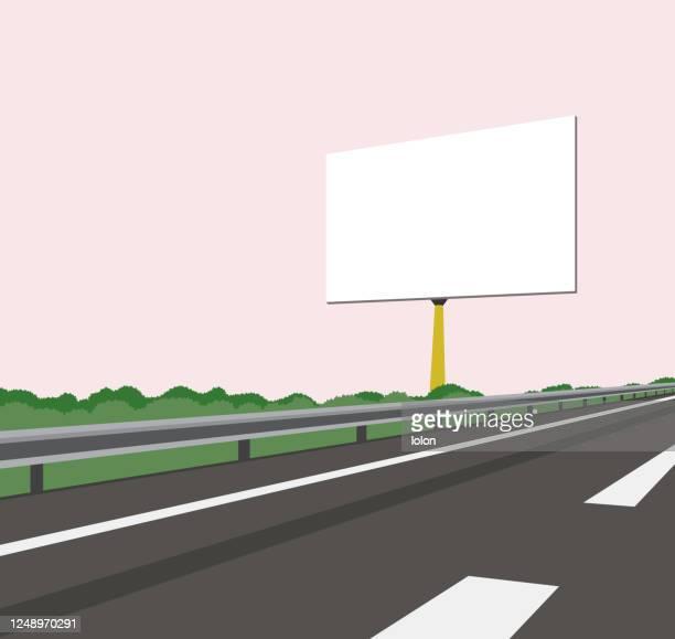 空白の看板と高速道路 - ベクトルのイラスト - 境界線点のイラスト素材/クリップアート素材/マンガ素材/アイコン素材