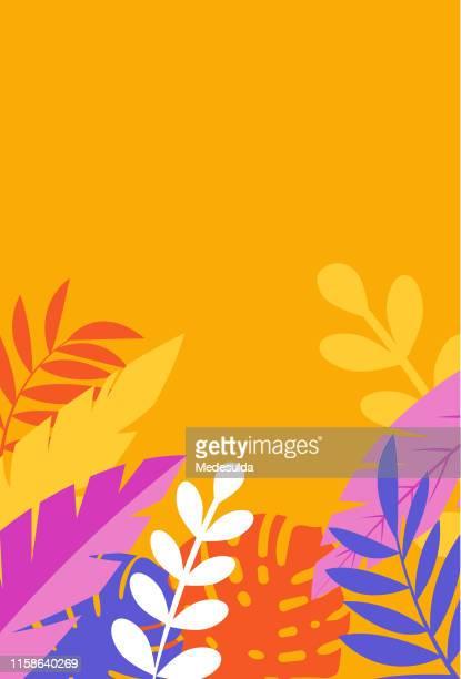 illustrations, cliparts, dessins animés et icônes de carte d'invitation blanche avec les lames tropicales d'arbre - orange couleur