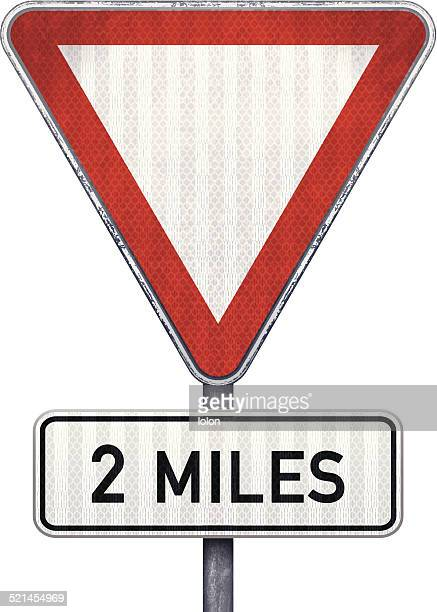 ブランクサインに三角 road を約 3 .2 km 先の危険 - マイル点のイラスト素材/クリップアート素材/マンガ素材/アイコン素材