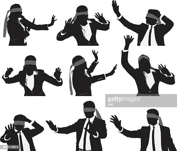 ilustraciones, imágenes clip art, dibujos animados e iconos de stock de blindfolded las personas de negocios - ojos tapados
