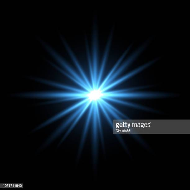 illustrazioni stock, clip art, cartoni animati e icone di tendenza di blue light star on black background - riflesso