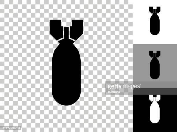 ilustraciones, imágenes clip art, dibujos animados e iconos de stock de icono de bomba en el fondo transparente de checkerboard - bomba nuclear