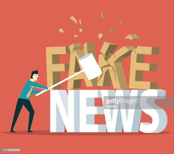 ilustrações, clipart, desenhos animados e ícones de breaking - fake news - fake news