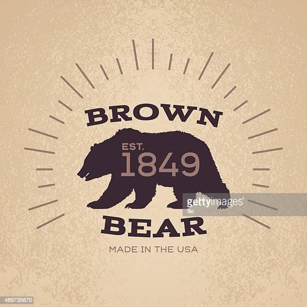 ilustraciones, imágenes clip art, dibujos animados e iconos de stock de brown bear emblema de diseño de tarjeta - oso pardo