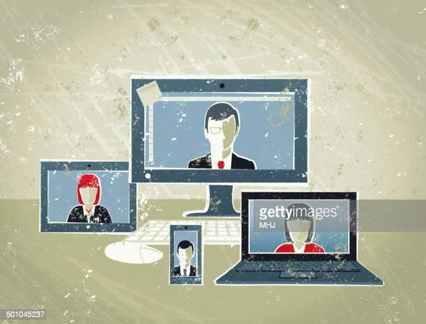 geschäftsleute telefonkonferenz auf computer, laptop und mobiltelefon - internet konferenz stock-grafiken, -clipart, -cartoons und -symbole