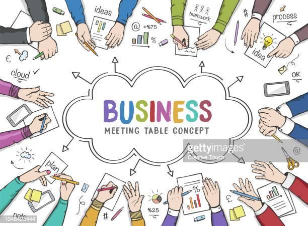 illustrations, cliparts, dessins animés et icônes de gens d'affaires sur la table de réunion - brainstorming