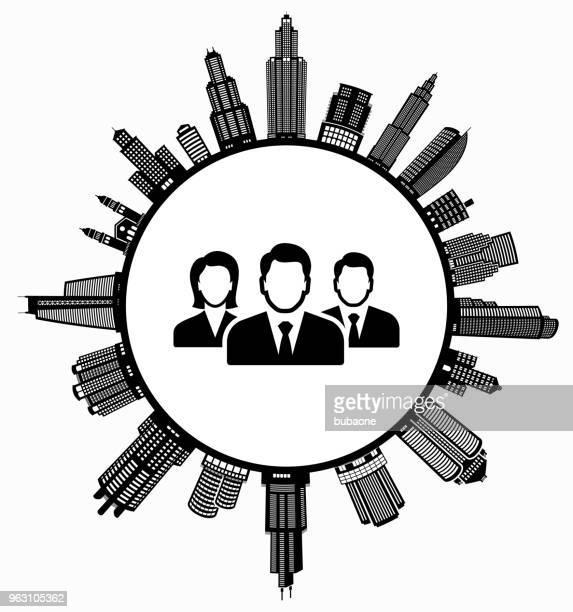 geschäftsleute auf modernen stadtbild skyline hintergrund - gewerbeimmobilie stock-grafiken, -clipart, -cartoons und -symbole