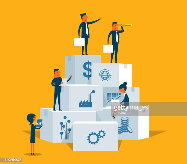 stockillustraties, clipart, cartoons en iconen met business strategy-zakenmensen - bedrijfsstrategie