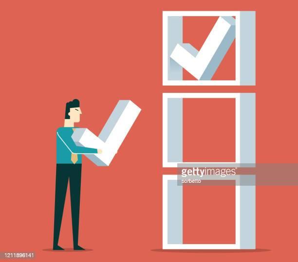 illustrazioni stock, clip art, cartoni animati e icone di tendenza di uomo d'affari che controlla l'elenco - decidere