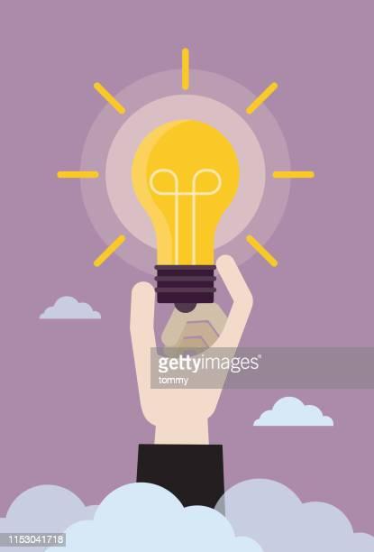 illustrazioni stock, clip art, cartoni animati e icone di tendenza di un uomo d'affari ha una nuova idea per l'azienda - proprietà intellettuale