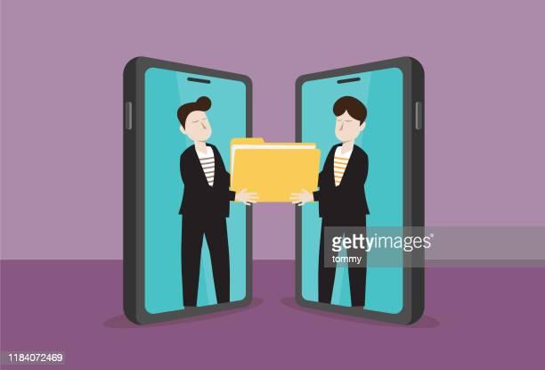 携帯電話のビジネスマンは、ファイルを保持します - バックアップ点のイラスト素材/クリップアート素材/マンガ素材/アイコン素材