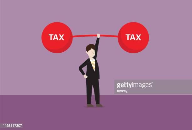 ilustraciones, imágenes clip art, dibujos animados e iconos de stock de empresario levanta un timbre de impuestos - impuestosobrelarenta