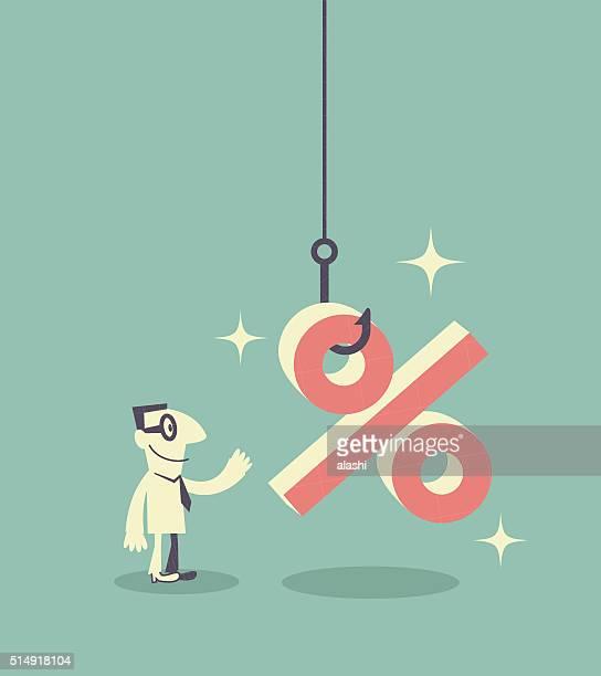 Empresário olhando para um gancho de pesca com símbolo de percentagem (isco