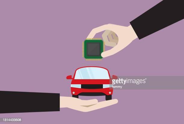 illustrazioni stock, clip art, cartoni animati e icone di tendenza di uomo d'affari ha messo un chipset in un'auto - chip del computer