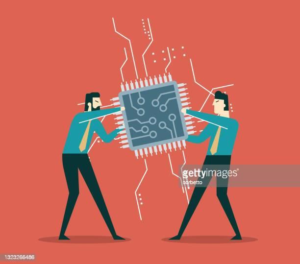 illustrazioni stock, clip art, cartoni animati e icone di tendenza di uomo d'affari tiro di guerra lotta per ottenere chip computer - chip del computer