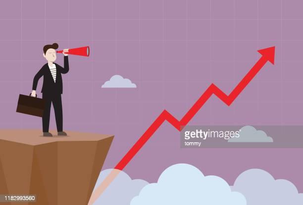 geschäftsmann mit einem teleskop, das rote börsengrafik sieht - kapitalrendite stock-grafiken, -clipart, -cartoons und -symbole