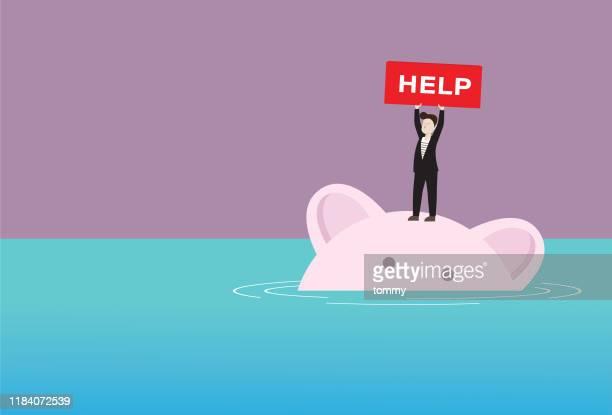 illustrations, cliparts, dessins animés et icônes de l'homme d'affaires avec le signe d'aide se tient sur une maison de cochon va couler - banqueroute