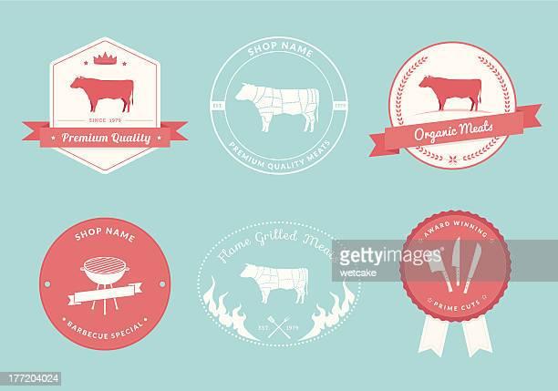 ilustraciones, imágenes clip art, dibujos animados e iconos de stock de carnicero tienda etiquetas, colección de diseños de carne de res - carne de vaca