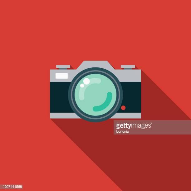 ilustraciones, imágenes clip art, dibujos animados e iconos de stock de icono de cámara slr diseño plano de 1970 - camara reflex