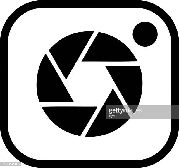 camera icon design flat vector logo - webcam media apparaat stock illustrations