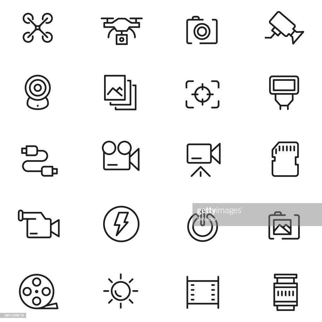 Camera icon set : stock illustration