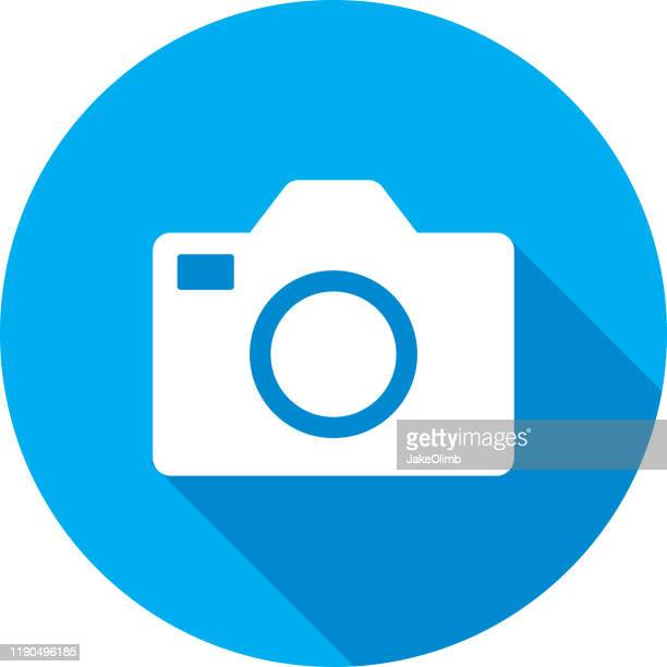 camera icon silhouette - webcam media apparaat stock illustrations