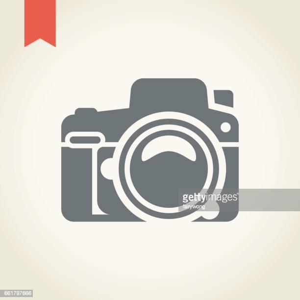 ilustraciones, imágenes clip art, dibujos animados e iconos de stock de icono de cámara - camara reflex