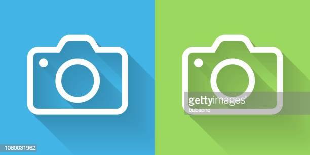 ilustrações, clipart, desenhos animados e ícones de ícone de câmera com sombra longa - temas fotográficos