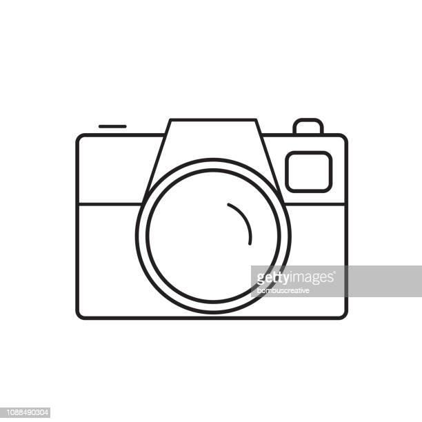 ilustrações de stock, clip art, desenhos animados e ícones de camera line icon - maquina fotografica