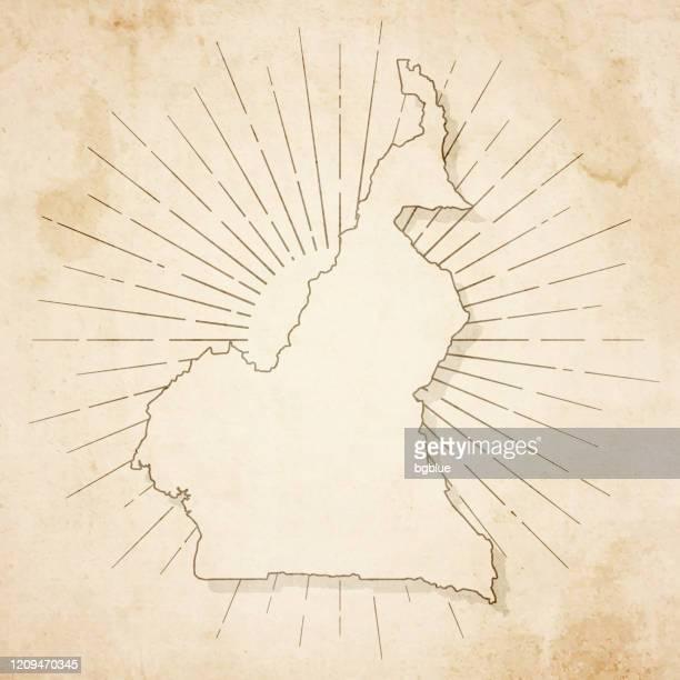 レトロなヴィンテージスタイルでカメルーンの地図 - 古いテクスチャペーパー - ヤウンデ点のイラスト素材/クリップアート素材/マンガ素材/アイコン素材