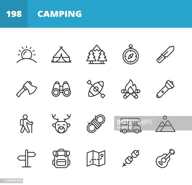 camping line icons. bearbeitbarer strich. pixel perfekt. für mobile und web. enthält symboleweise sonne, sommer, zelt, wald, kompass, axt, fernglas, kajak, lagerfeuer, trekking, klettern, jagd, knoten, camper, reise, urlaub, rucksack, karte, marshmallow. - fernglas stock-grafiken, -clipart, -cartoons und -symbole