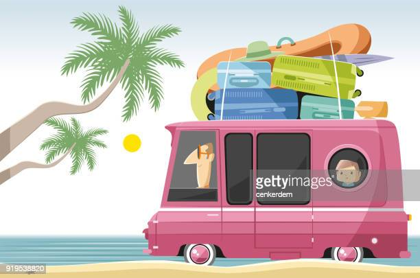 illustrations, cliparts, dessins animés et icônes de caravan sur la plage - camping car