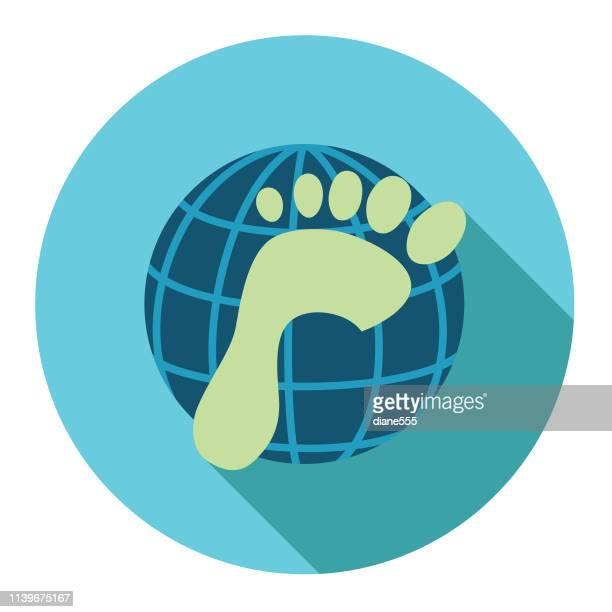 stockillustraties, clipart, cartoons en iconen met carbon footprint omgeving platte ontwerp icoon - koolstofvoetafdruk