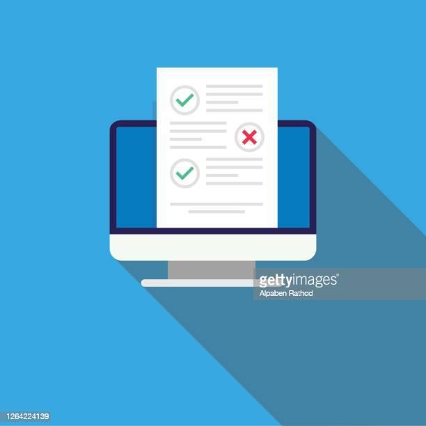 stockillustraties, clipart, cartoons en iconen met check lijst document op mac vector, platte cartoon computer met papieren checklist en om lijst met selectievakjes doen, concept van enquête, online quiz - aanvraagformulier